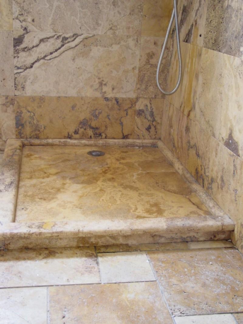 Platos de ducha en piedra natural